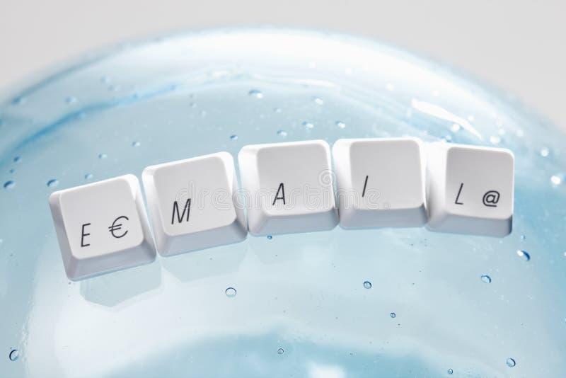 Komputerowi klawiaturowi klucze literuje słowo emaila fotografia royalty free
