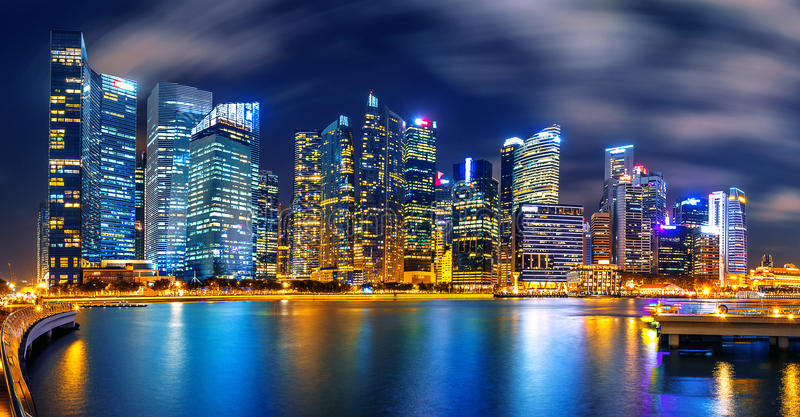komunalne Singapore pejzaż noc obraz royalty free