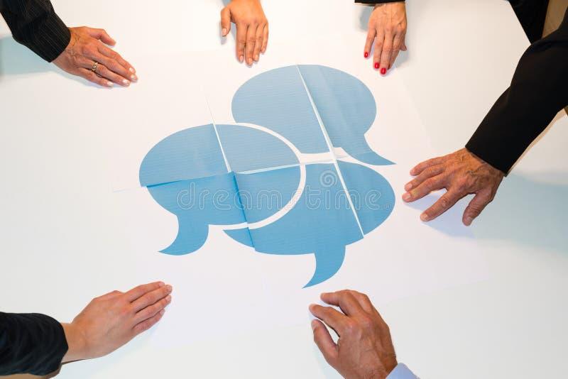 Komunikacja - mowa bąble zdjęcia stock