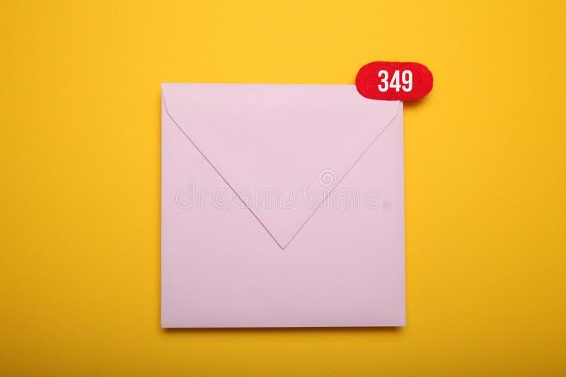 Komunikacyjny emailing, nowa sms wiadomo?? Biznesowego adresu doczepianie zdjęcie stock
