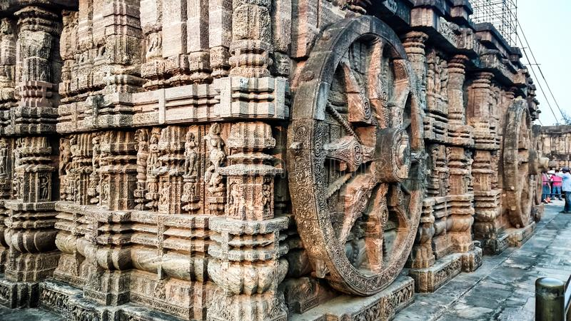 KONARK-SOLTEMPEL, BHUBANESHWAR, ODISHA, INDIEN OKTOBER 21, 2018 arkivbild