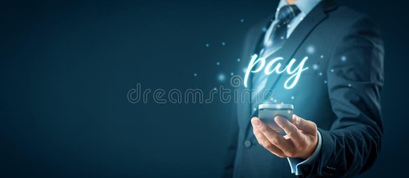 Koncepcja płatności za pomocą telefonu inteligentnego zdjęcia royalty free