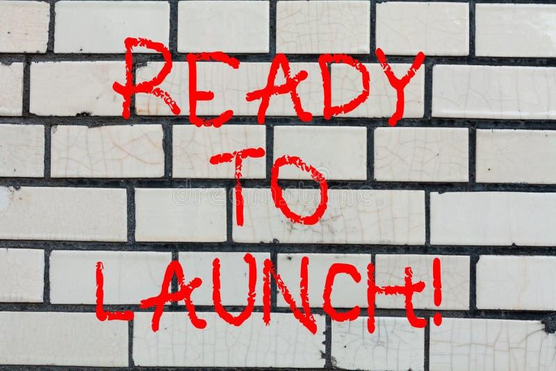 Konceptualna ręka pisze pokazywać Gotowy Wszczynać Biznesowy fotografia tekst Przygotowywający zaczynać promować nowego produktu  zdjęcia royalty free
