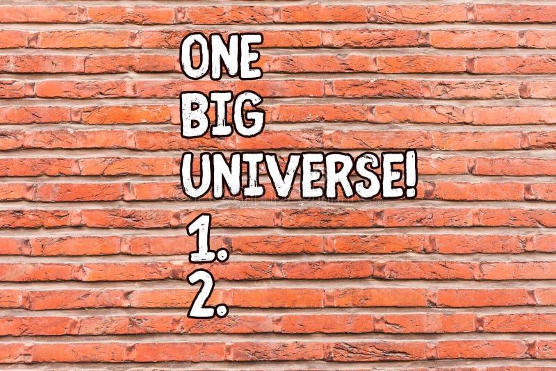 Konceptualna ręka pisze pokazywać Jeden Dużego wszechświat Biznesowa fotografia pokazuje wszystkie istniejącą przestrzeń i sprawę obrazy stock