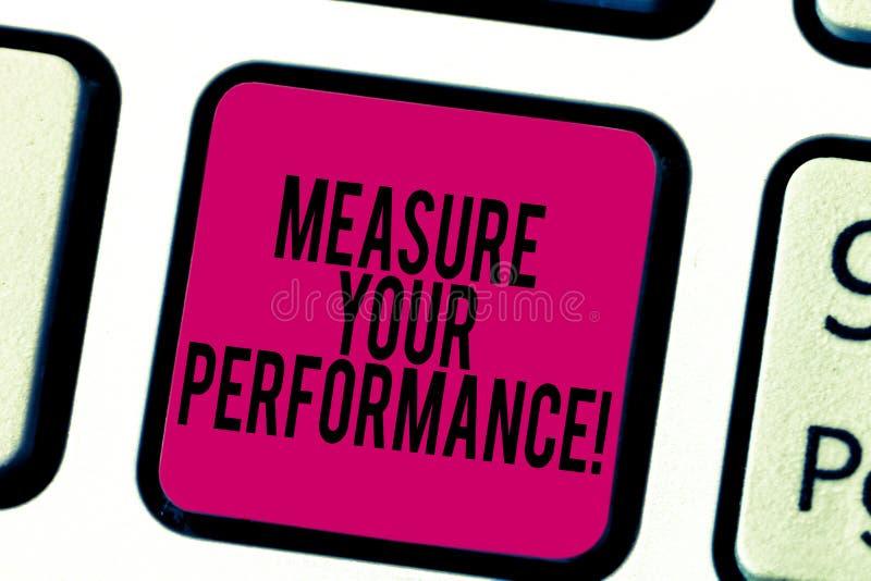 Konceptualna ręka pisze pokazywać miarze Twój Perforanalysisce Biznesowa fotografia pokazuje miarowego pomiar wyniki i royalty ilustracja