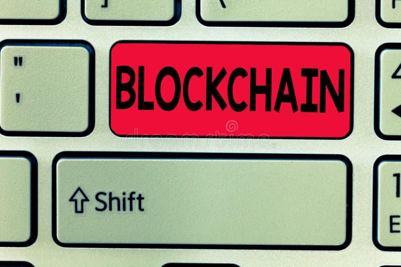 Konceptualny ręki writing pokazuje Blockchain Biznesowe fotografia teksta Cyfrowego księgi głównej transakcje zrobią w cryptocurr ilustracja wektor