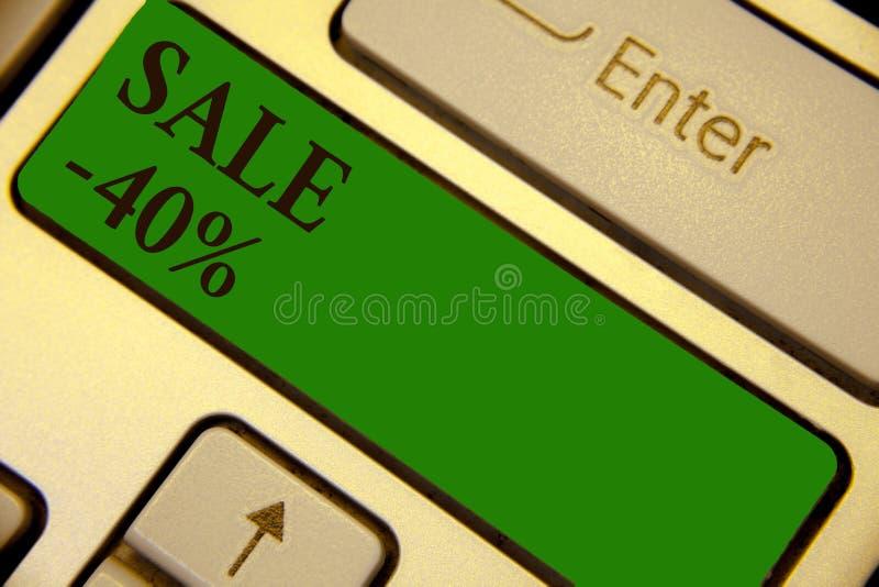 Konceptualny ręki writing pokazuje sprzedaż 40 Biznesowa fotografia teksta A promo cena rzecz przy 40 procentów markdown klawiatu ilustracji