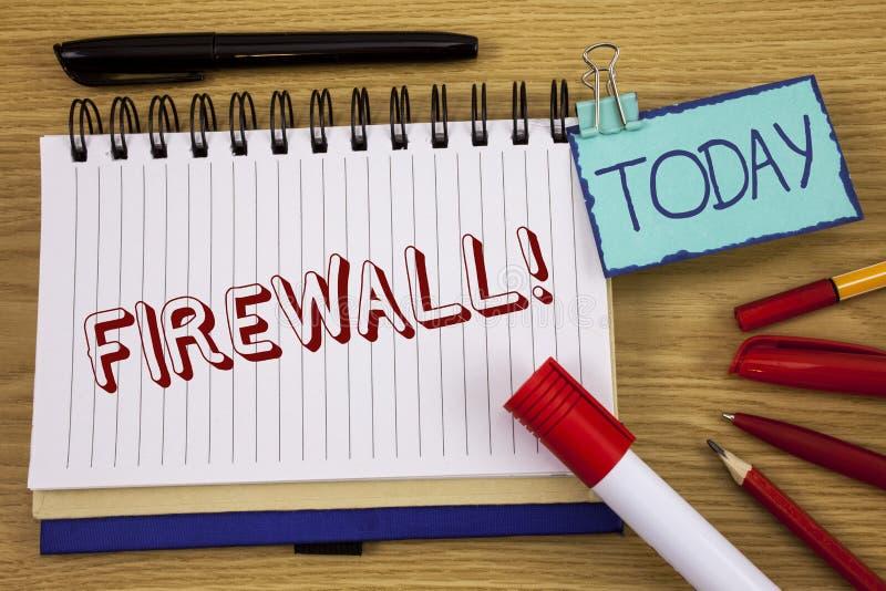 Konceptualny ręki writing pokazuje zaporze Motywacyjnego wezwanie Biznesowa fotografia teksta Malware ochrona zapobiega internetó zdjęcie royalty free