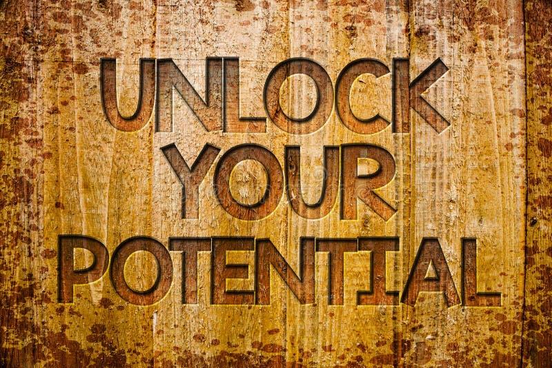 Konceptualny ręki writing seans Otwiera Twój potencjał Biznesowa fotografia pokazuje dostęp twój prawdziwe władzy i umiejętności  obrazy royalty free