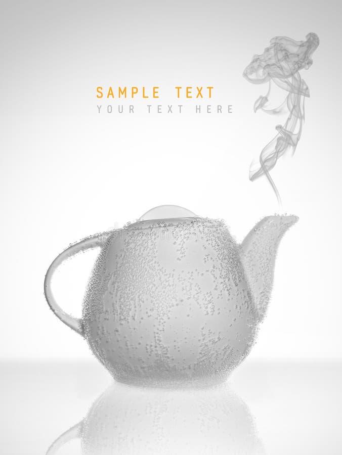 Konceptualny teapot w bąblach fotografia stock