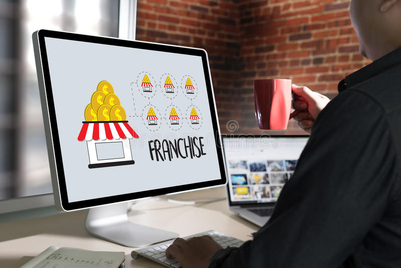 KONCESSIONmarknadsföring som brännmärker detaljhandel- och affärsarbetsbeskickning C royaltyfria foton