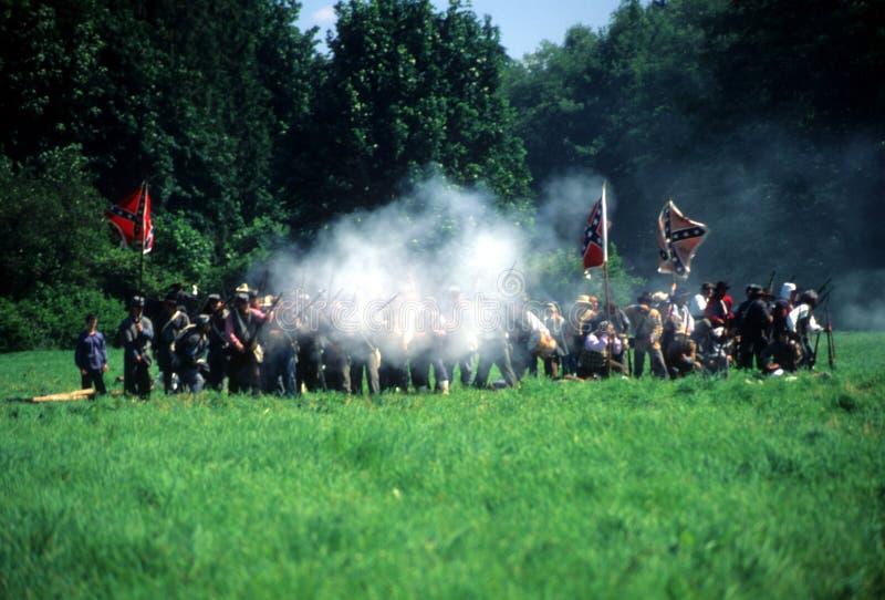 konfederacyjny ogień strzela piechoty ich obraz stock