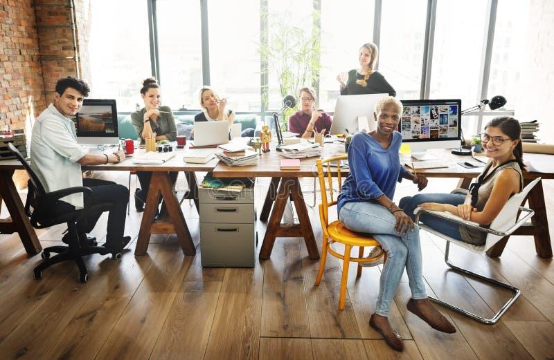 Konferens Team Concept för företags möte för kollegor arkivbilder