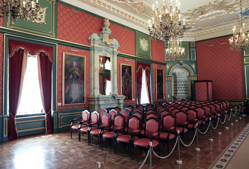 Konferenskorridor i inre av den Nyasvizh slotten fotografering för bildbyråer