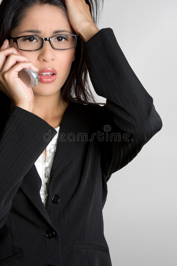 Konfuse Telefon-Frau lizenzfreies stockbild