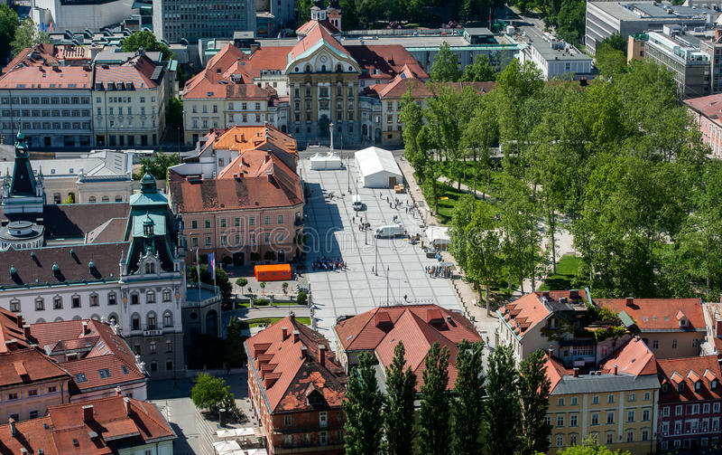 Kongresni-trg, Kongressquadrat, Ljubljana, Slowenien stockfotografie