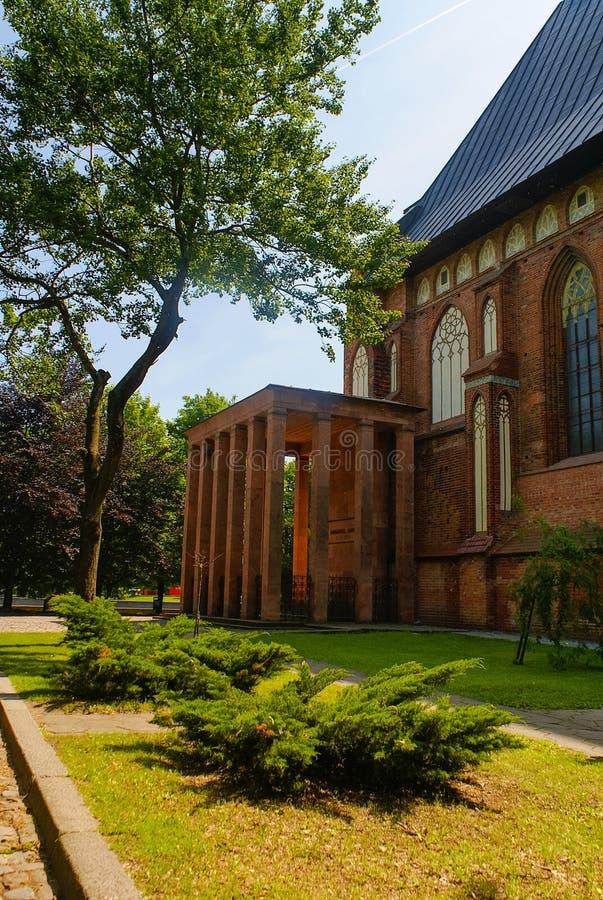 Konigsbergkathedraal en mening van graf royalty-vrije stock fotografie