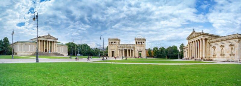 Konigsplatz i Munich germany Europa royaltyfria bilder