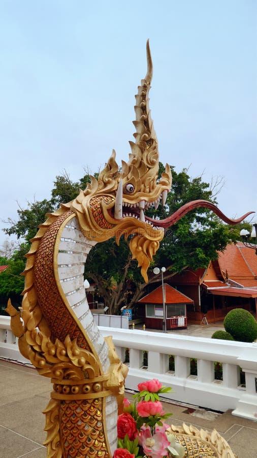 Koning die van Naga de tempel bewaken royalty-vrije stock foto's