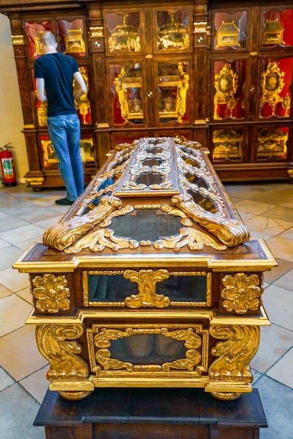 Koning Frederick III graf bij de kathedraal van Wenen royalty-vrije stock foto