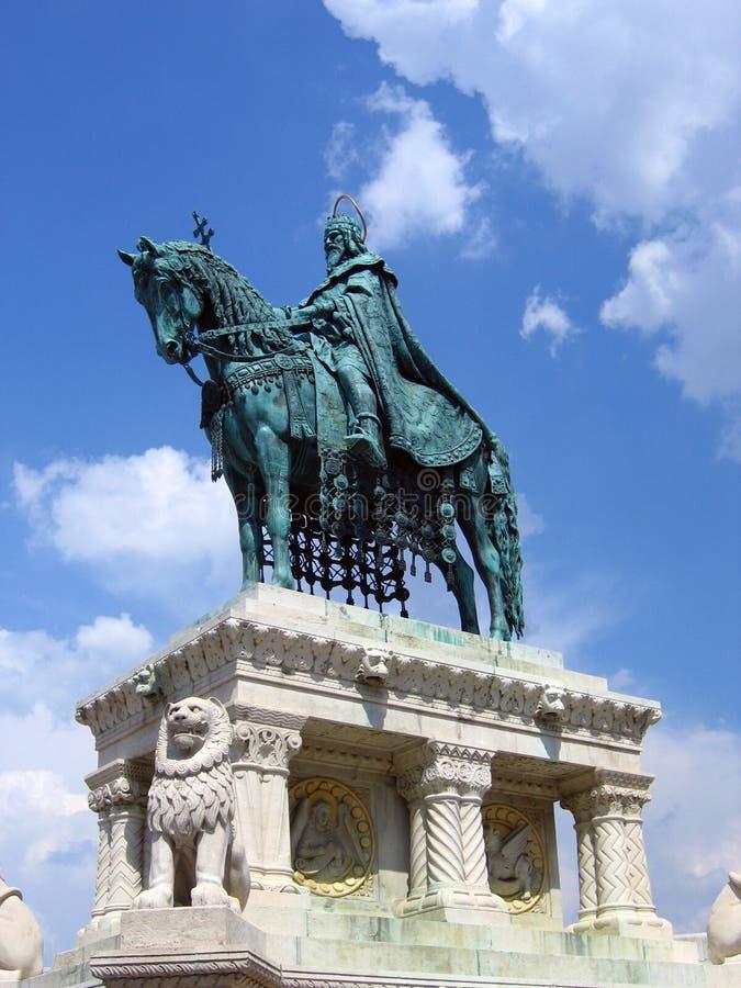 Koning Heilige Stephen - Boedapest, Hongarije stock foto