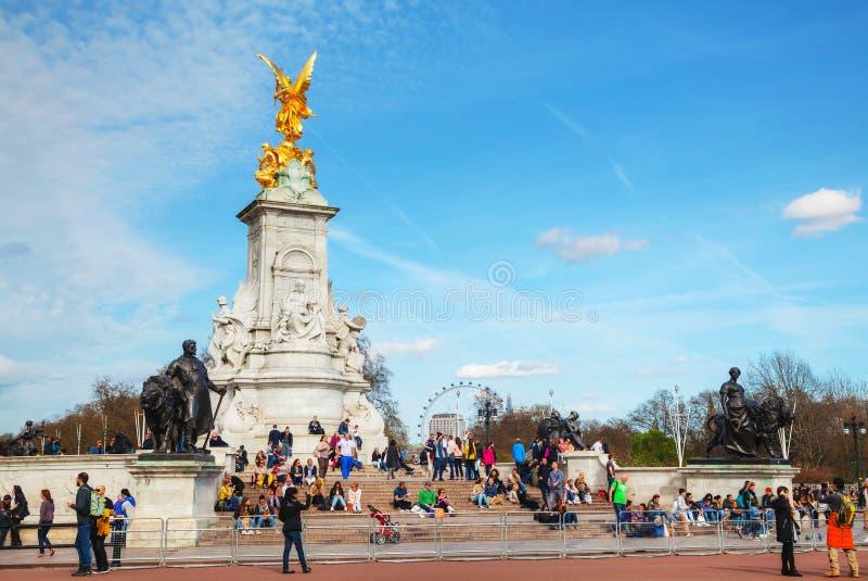 Koninginvictoria herdenkingsmonument voor Buckingham-pala stock foto