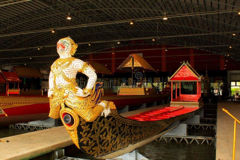 Koninklijke Aak in Nationaal Museum van Koninklijke Aken, Bangkok, Thailand stock foto's