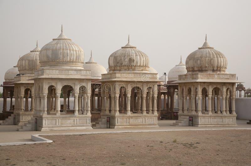 Koninklijke Chhatris in India royalty-vrije stock afbeeldingen