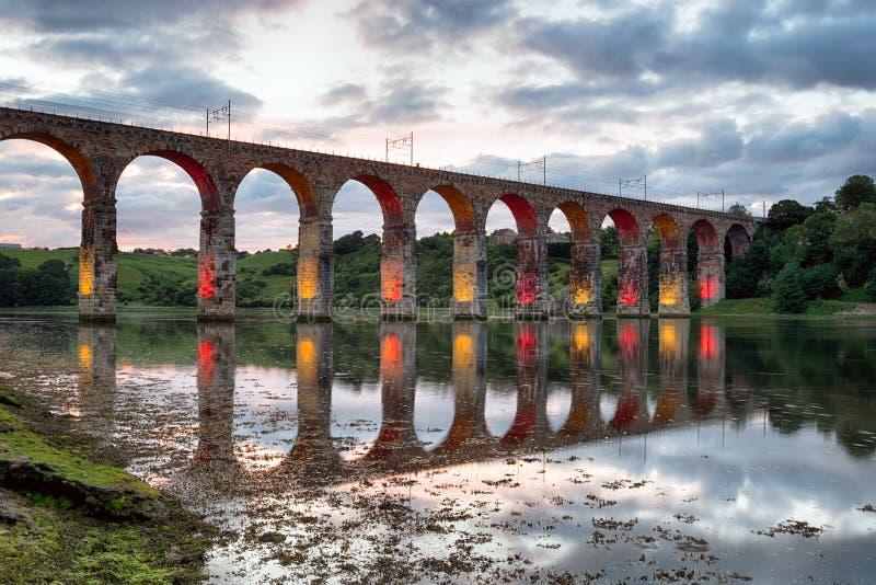 Koninklijke Grensbrug in Baerwick op Tweed stock foto's