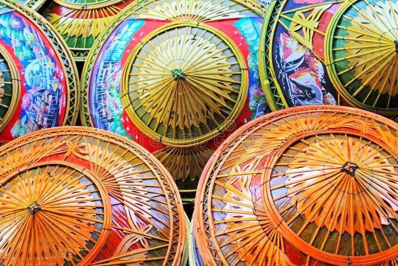 Koniska hattar Thailand för traditionell bambu arkivbild