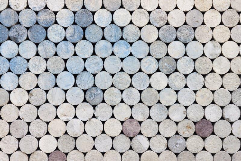 Konkreter Ziegelsteinspeicher der Zylinderform für die Prüfung stockbild