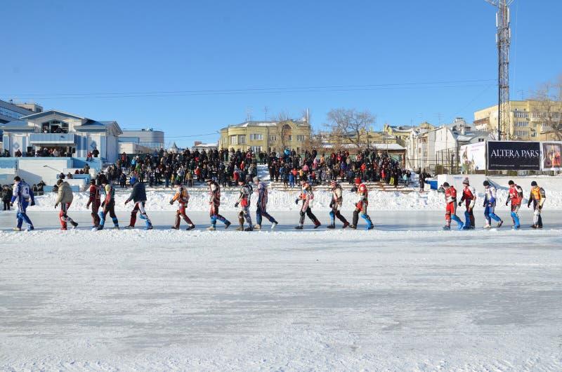 konkurentów lodu parady żużlu stojaki zdjęcie stock