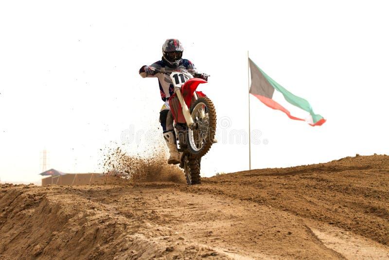 konkurrenskuwait motorcross royaltyfria foton