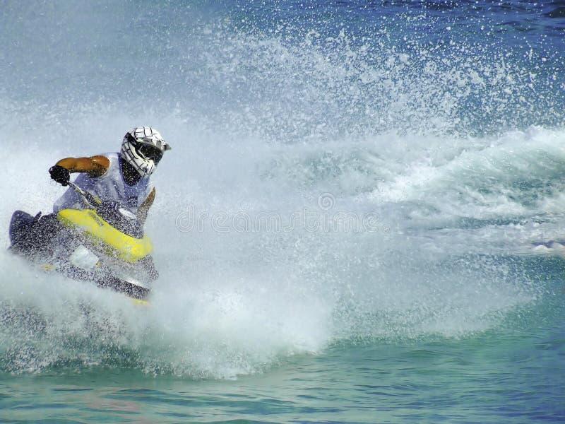 Download Konkurrenssparkcykelvatten fotografering för bildbyråer. Bild av waves - 3546123