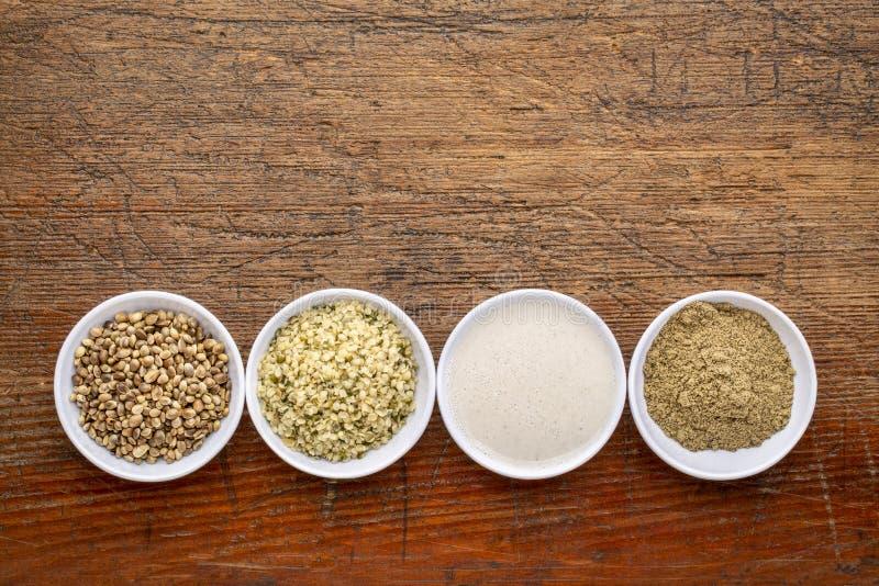 Konopianych ziaren, serc, mleka i proteiny proszek, zdjęcia royalty free