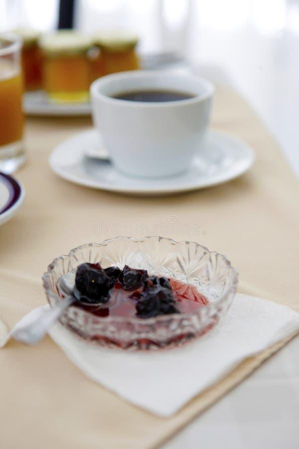 Konservieren Sie im Frühstückstische stockbilder