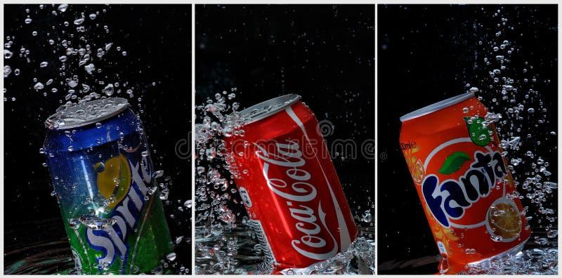konserwować koka-koli fanta sprite pod wodą fotografia stock