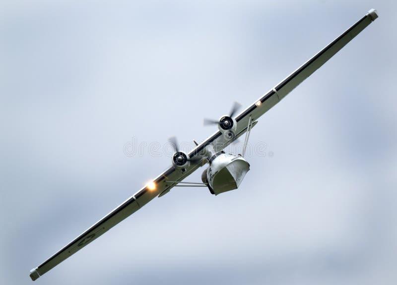 Konsoliderade Catalina PBY på den Scampton flygshowen på 10 September, 2017 Grund Lincolnshire aktiv för kungligt flygvapen royaltyfri bild