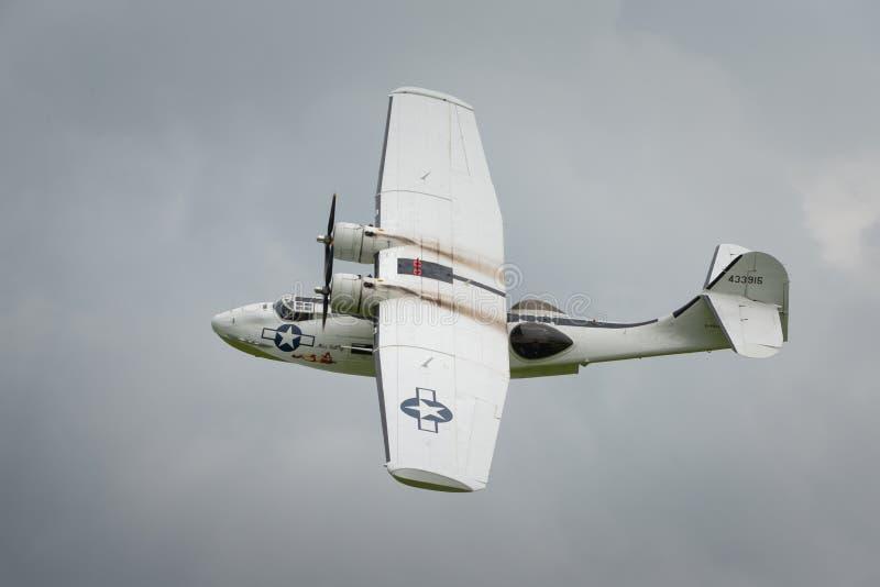 Konsolidujący Catalina PBY5A, 'chybienie Pickup' fotografia stock