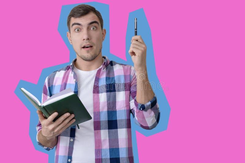 Konstcollagestående av mannen med pennan och anteckningsboken royaltyfri foto