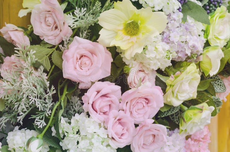 Konstgjord blomma för härlig söt färg arkivbilder