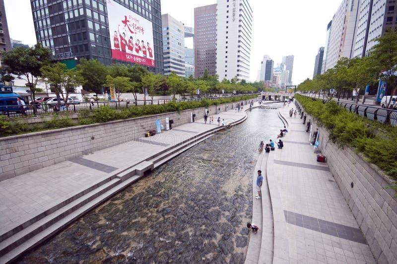 konstgjord flod seoul royaltyfria bilder