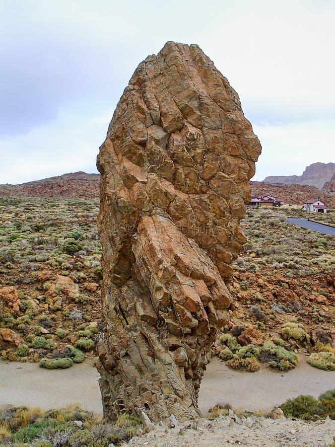 Konstigt vagga bildande namngav roques de Garcia på Pico del Teide i nationalparken på Tenerife royaltyfri fotografi