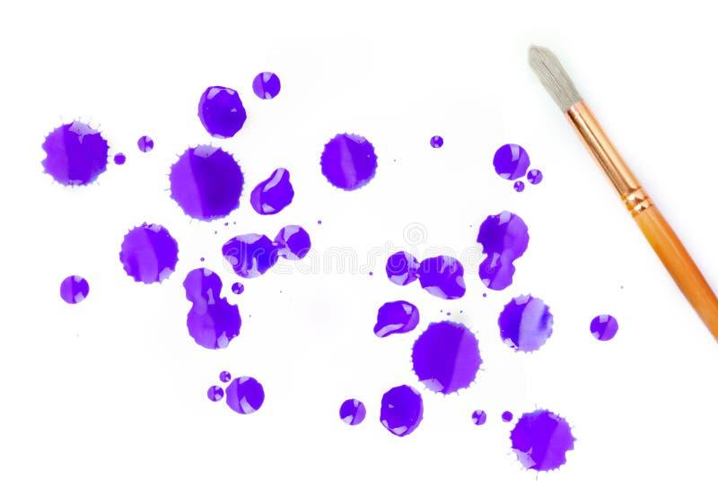 Konstnärmålarfärgborstar och färg tre fotografering för bildbyråer