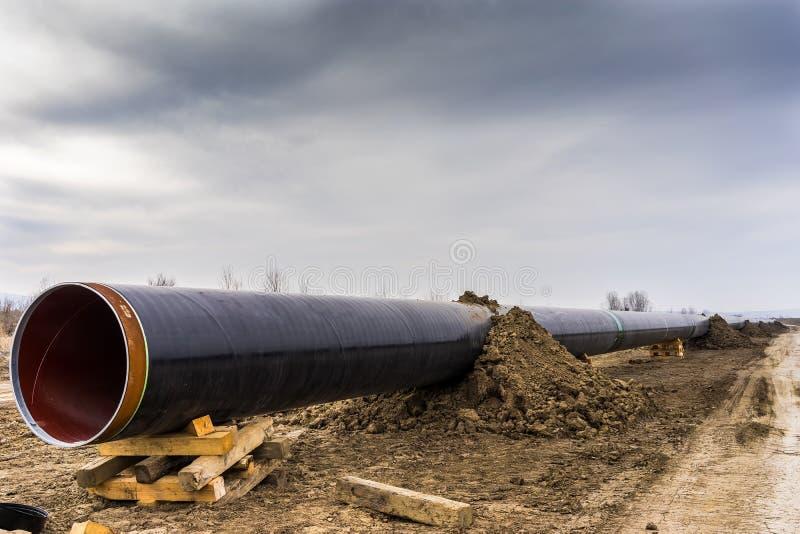 Konstruktion av rörledningen för gasledningtrans. Adriatiska havet - KNACKA LÄTT PÅ i inget arkivbild