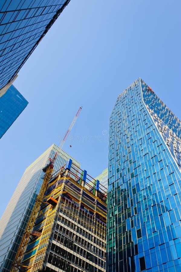 Konstruktion av skyskrapor i i stadens centrum Seoul fotografering för bildbyråer