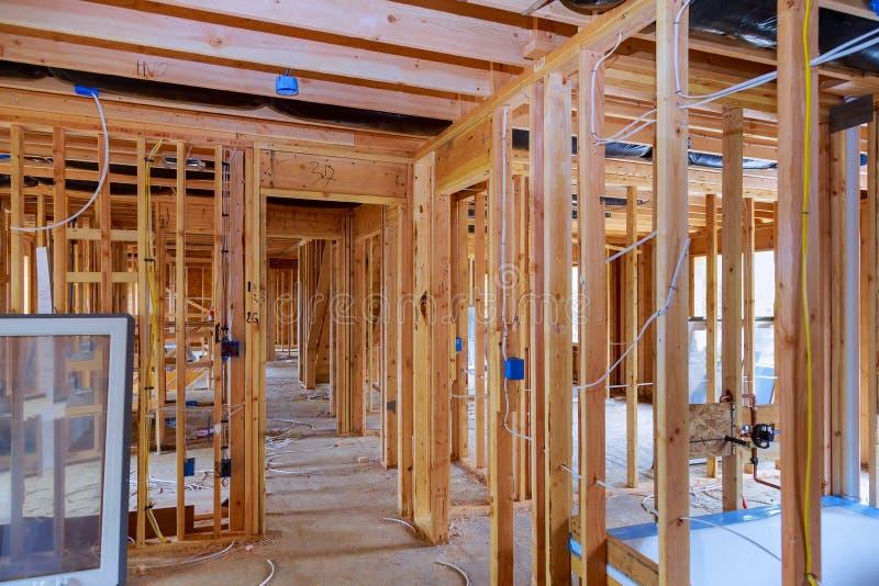 Konstruktion för hus för ram för för byggnadskonstruktion och renovering ny royaltyfri bild