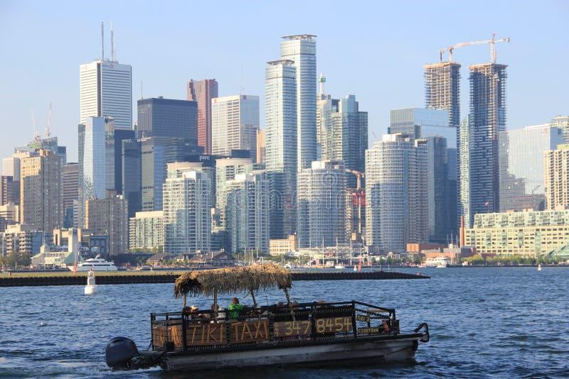 Konstruktion för Toronto horisontskyskrapa fotografering för bildbyråer