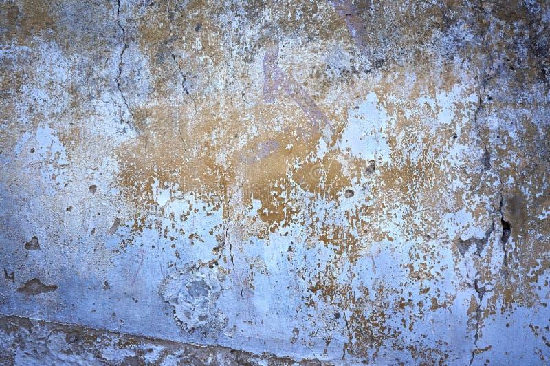 Konstruktion gammal sprucken målarfärgvägg royaltyfri bild