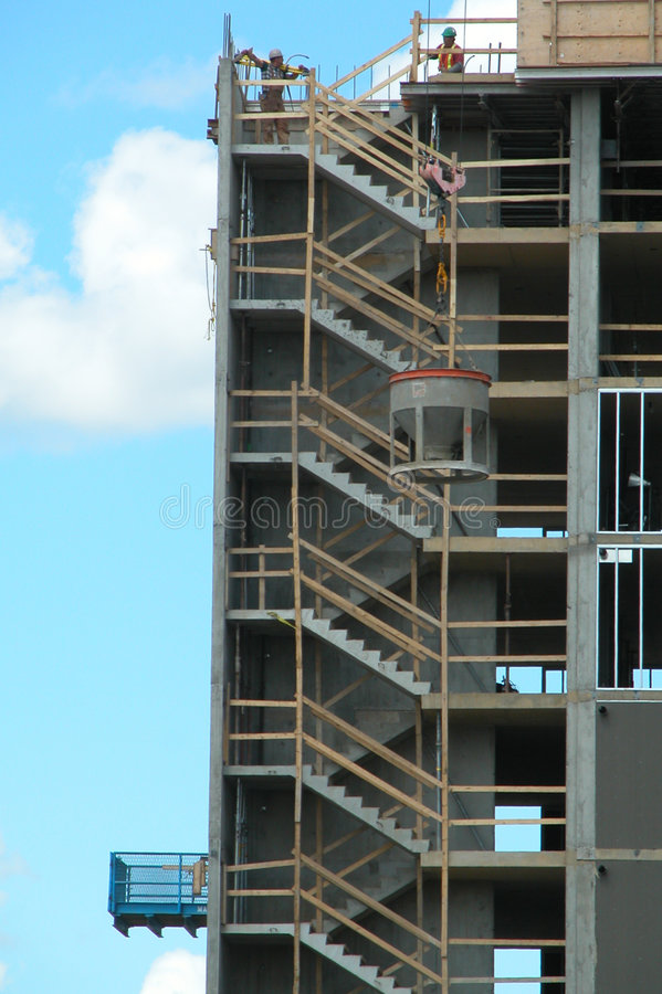 Konstruktionshighrise Under Arkivfoto